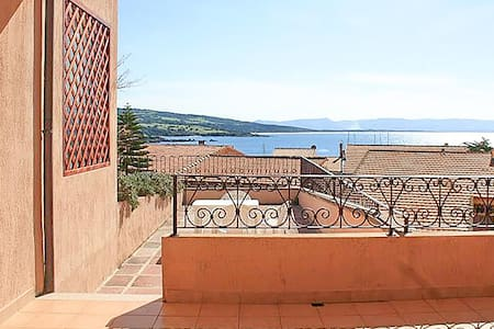 Holiday apartment with 1 bedroom on 40m² in Isola Rossa
