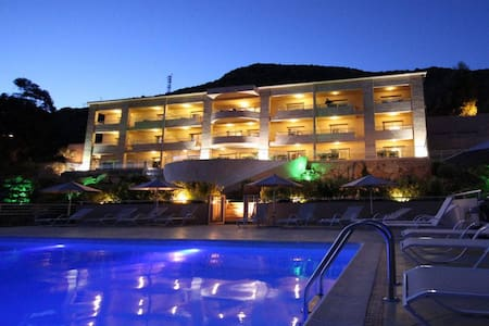 Hotel Costa Rossa *** appartements 3 personnes
