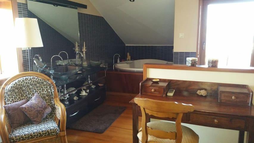 Atico en casa, muy cerca de Marín, - Pontevedra