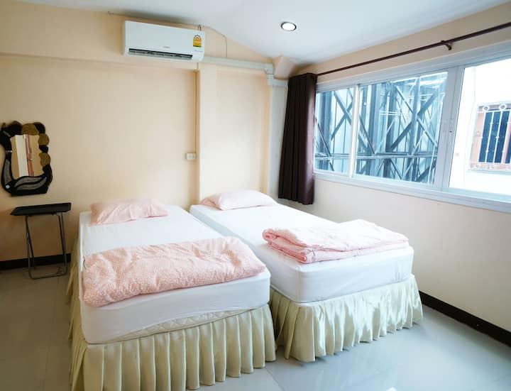 Amma's House Room3, Muangthong, Near Impact & DMK