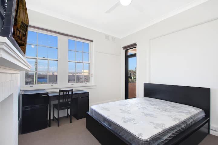 Studio Apartment for Short or Long Term Lease