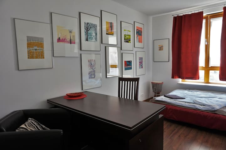 Modern Zen 'Warsaw' Room in Wilanow for 1 or 2