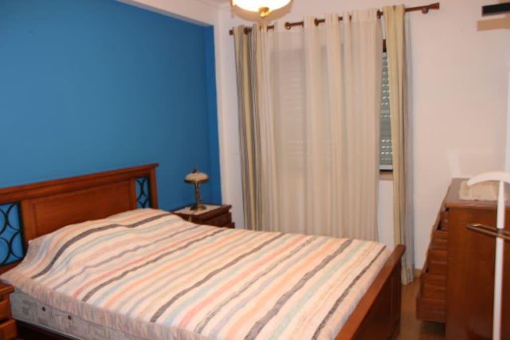2 ème chambre avec 1 lit double