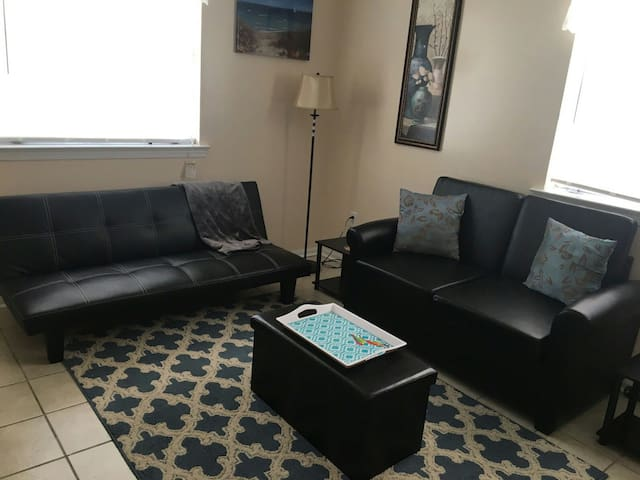 1 bedroom Apt near New Orleans area - 2 guests