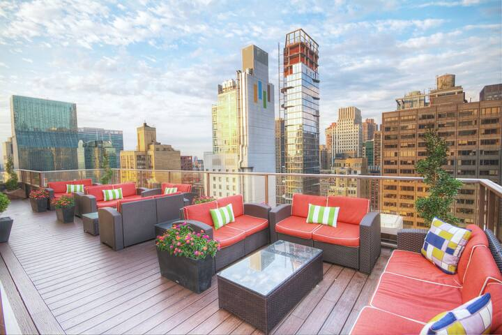 Sleeps 4 Guest's | CENTRALLY LOCATED | Midtown 45