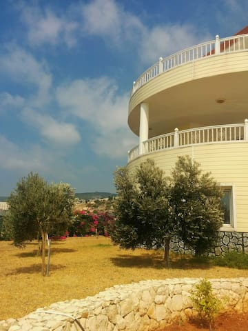 Rare à Batroun - Nord Liban - Vue incroyable - Batroun - Villa