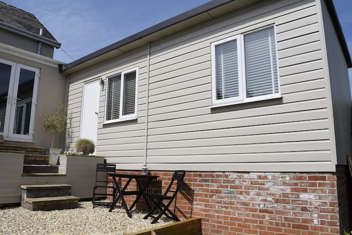 Ambleside Annexe - Charmouth - Apartment