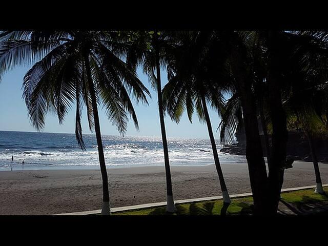 Xanadu Black Sand Beach