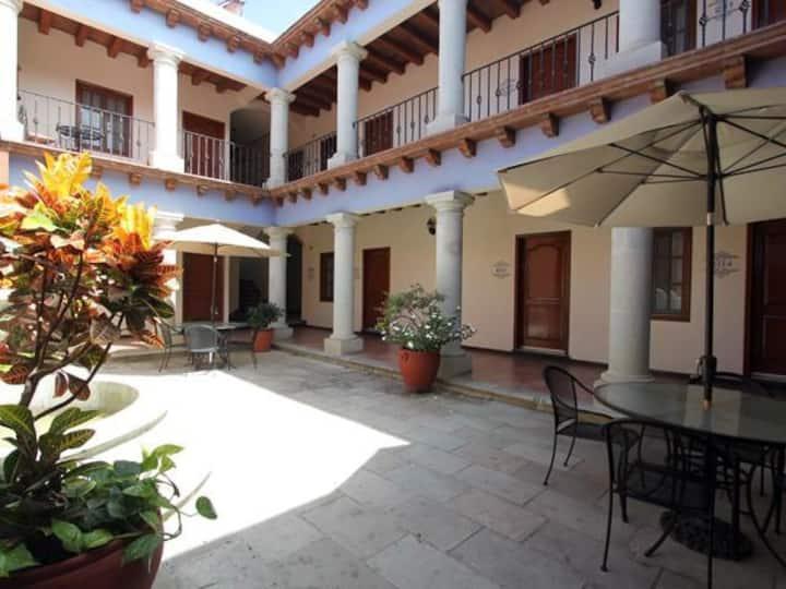 HOTEL FERRI
