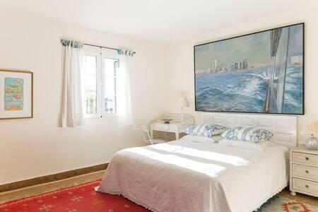 Suite Christophe - Casa la Concha - มาร์เบลล่า - ที่พักพร้อมอาหารเช้า