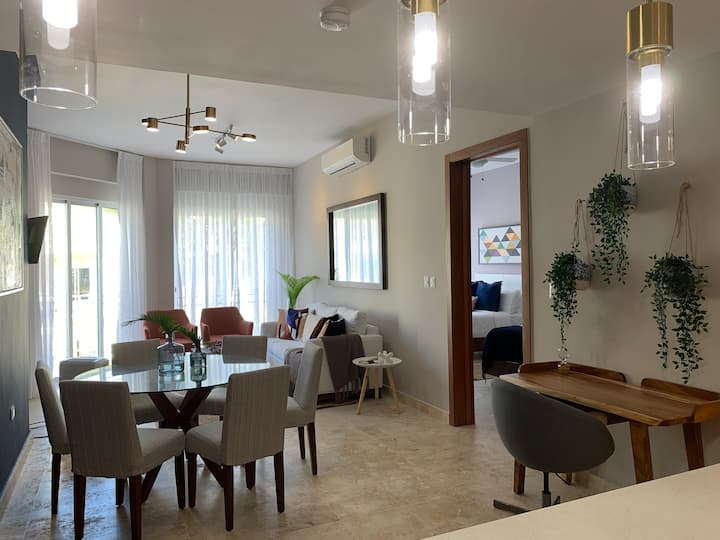 Brand New 2 BR Luxury and Accesible Apartment