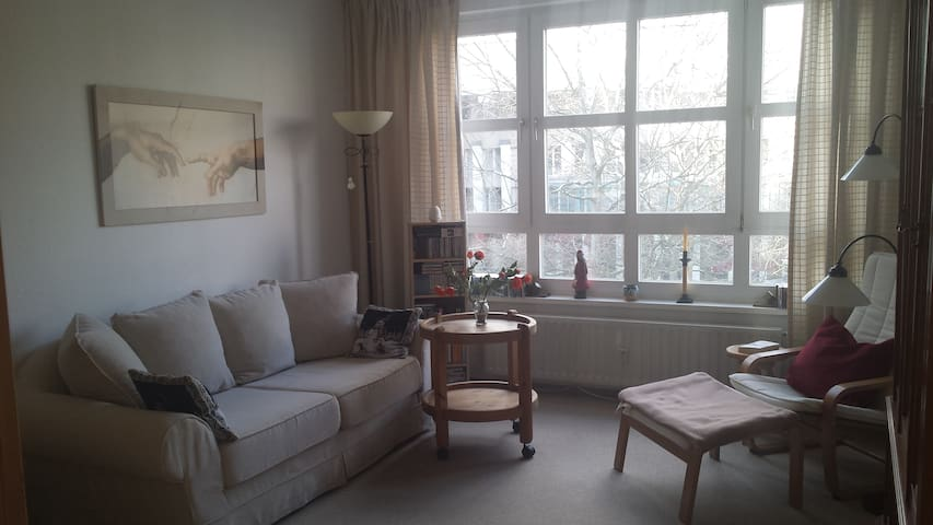 Sonnige Wohnung in ruhiger Lage in Kudamm-Nähe