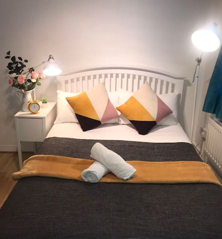 Beautiful Double room in Borough and London Bridge