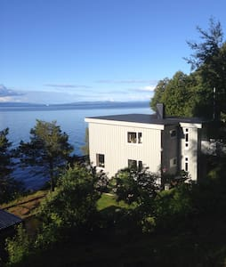 House by the sea with jacuzzi! - Trondheim - House