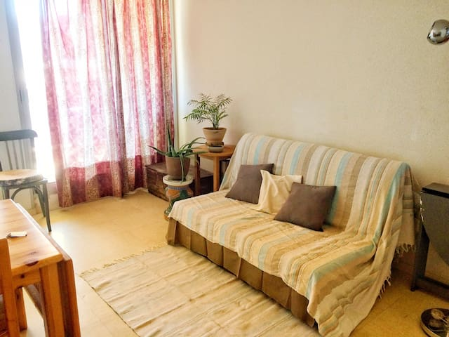 Flat for 4 people,  closed to the ocean and shops