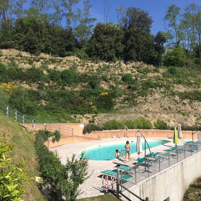 La piscina privata per gli ospiti