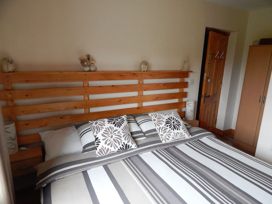 room3..comfy king size beds or can be made into a twin room