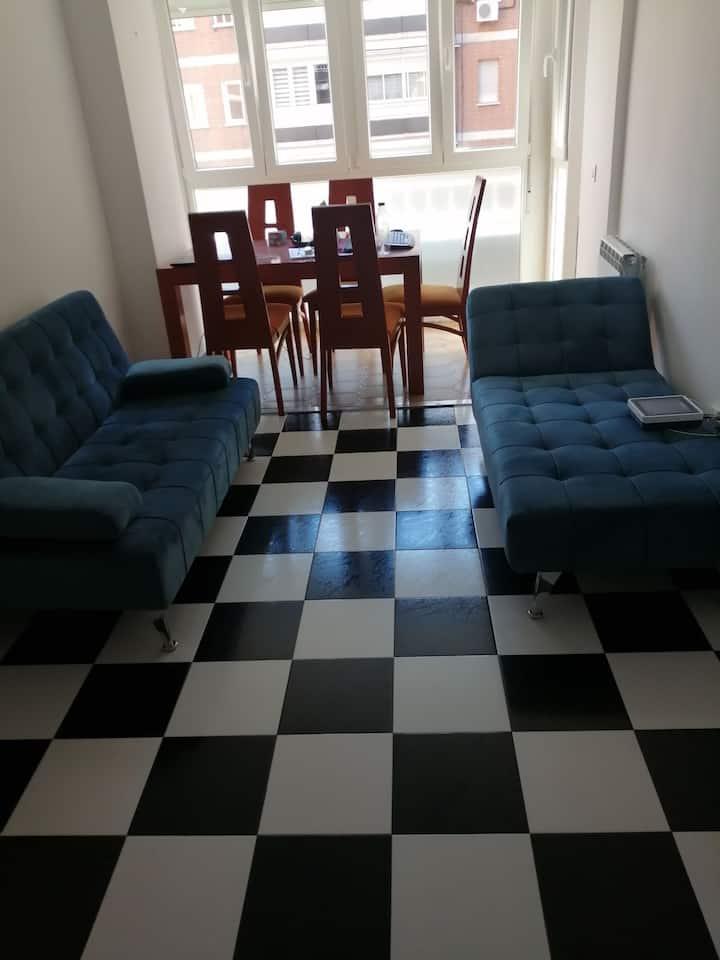 Hermosa habitación en un lugar tranquilo.