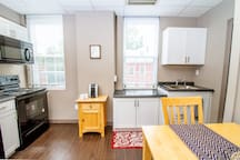 Suite #1 - 1 Bed 1 Bath in the middle of Downtown