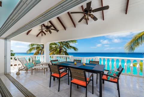 Spacious oceanfront 2 bedroom apartment