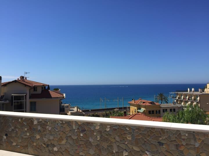 Villa Gabriella al mare  3 camere da letto 2 bagni