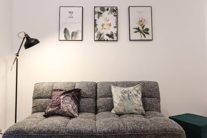 Puchong IOI 9-10pax Cozy Apartment/Sunway/LRT/蒲种民宿