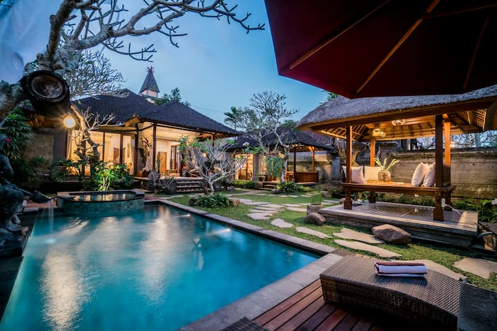 Private 2BR Villa with Pool (5min to ubud center)