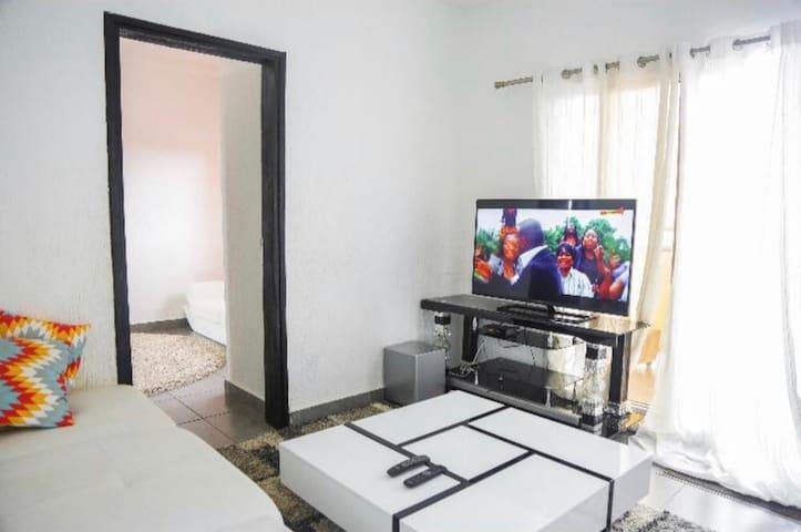 Très bel appartement 8eme tranches
