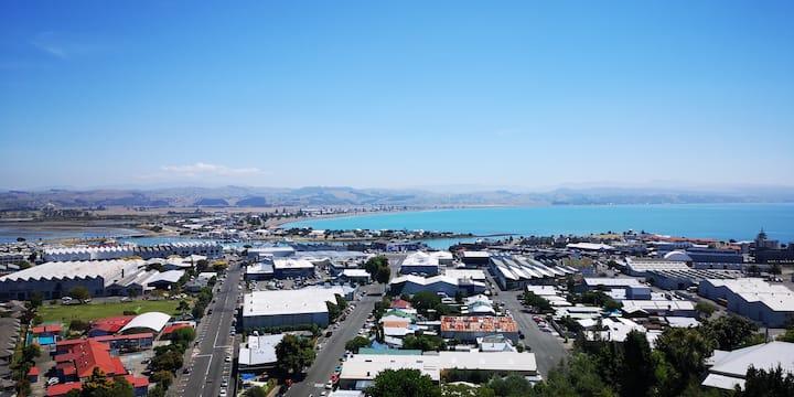 King&Dulcie's Lookout-Ocean,Estuary&Mountain Views