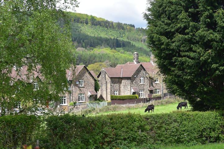 Country retreat near Chatsworth