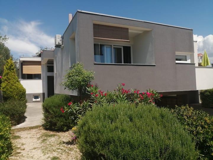 Apartment Dora Bibinje Studio, 50 m from the sea