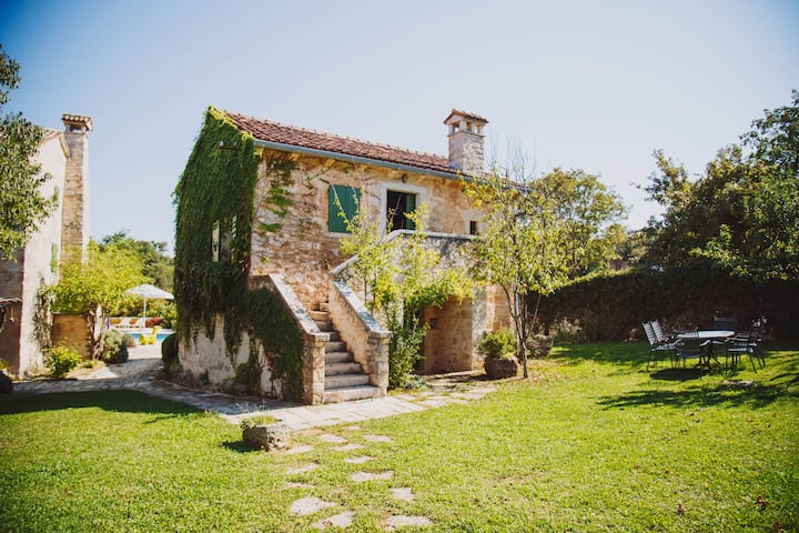 Traditional Istrian house 450