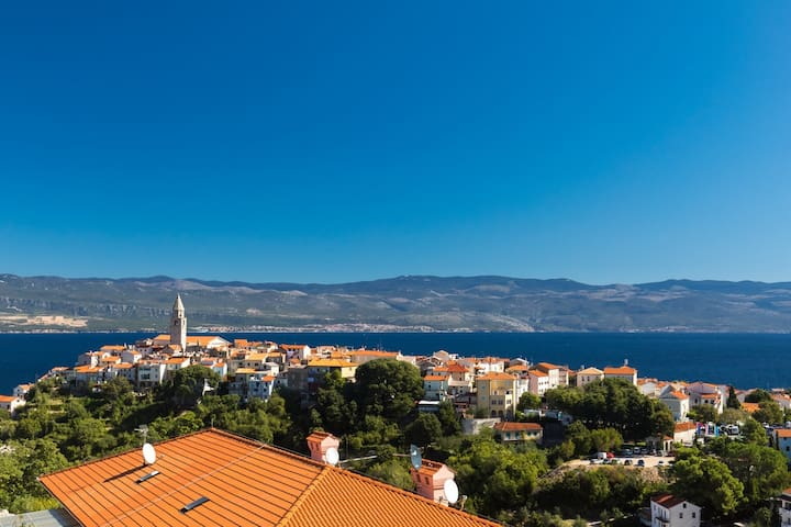 Apartment Jelena with seaview, peaceful location