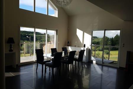 Belle grande maison neuve - Moyenmoutier, Alsace-Champagne-Ardenne-Lorraine, FR - Dom