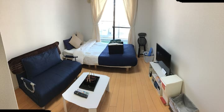 The Room in the Center of Shinjuku