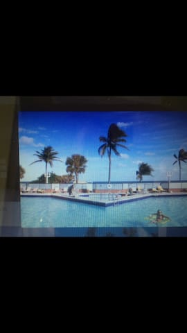 Ocean view study Hollywood miami *Magic*pool/owner