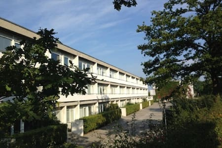Neat little apartment close to nature and CPH. - Kongens Lyngby - Flat