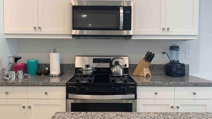 Ontario | Rancho Cucamonga Premium Master Suite