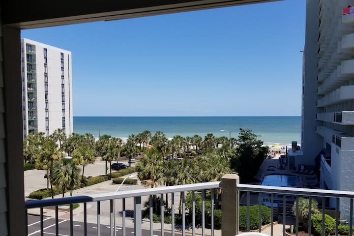 Myrtle Beach 1 bdrm 2 Queen beds Sofa bed SLEEPS 6