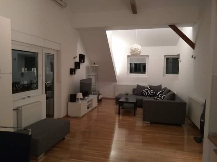 2 bedroom apartment, quiet suburban neighborhood
