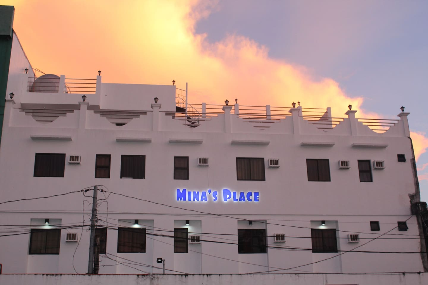 Stay in a place Called Home, Serene and Cozy  Find a place to stay at the heart of  the city amidst  the white and earthly   hues of this peaceful hideaway.  Modern classic style  in this airy and roomy  sanctuary, reflecting the elegance of the surrounding historic place of Tacloban