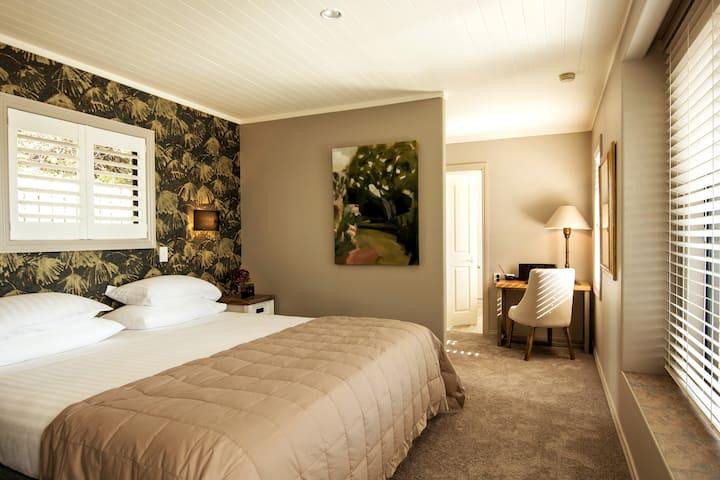 Te Koi the Lodge on Bronte - Villa 4