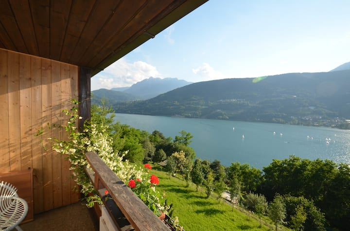 "Apartment ""Margherita"" panoramic lake view"