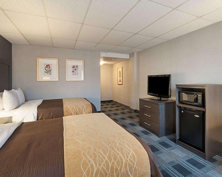 Extravagant Double Two Double Beds Non Smoking At Arlington