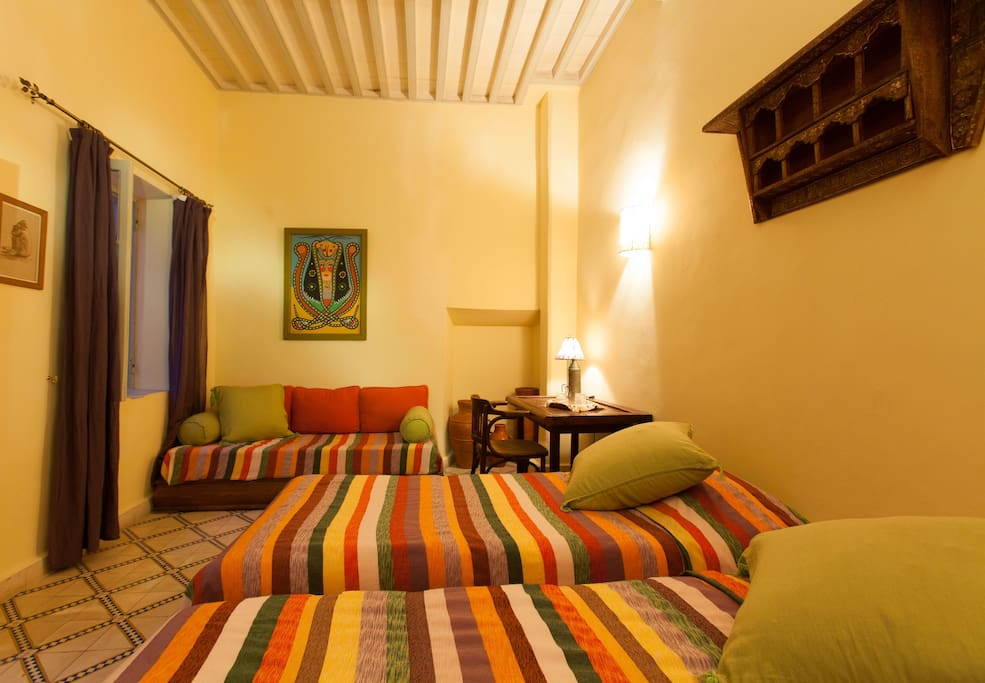 2 beded room