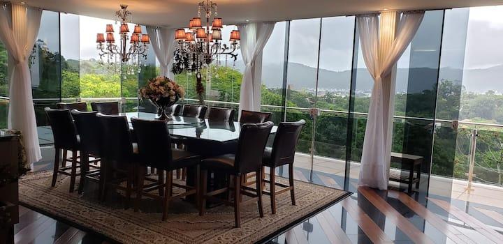 Linda casa com vista panoramica