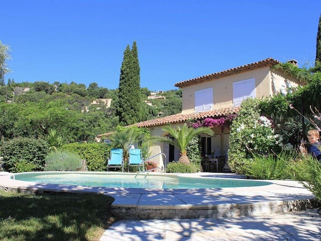 Charming 6 bed Villa in Grimaud