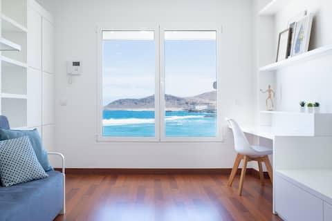 Elegant leilighet med utsikt over havet