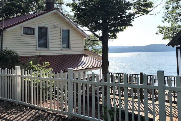 Canandaigua Lake Cottage & Bunk House on the Lake