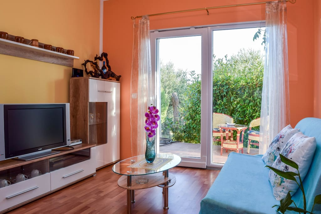 Holiday house with mountain views, children's  playground, for relaxation of mind and body and much more